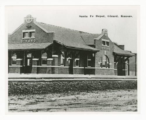 Atchison, Topeka & Santa Fe Railway Company depot, Girard, Kansas - Page