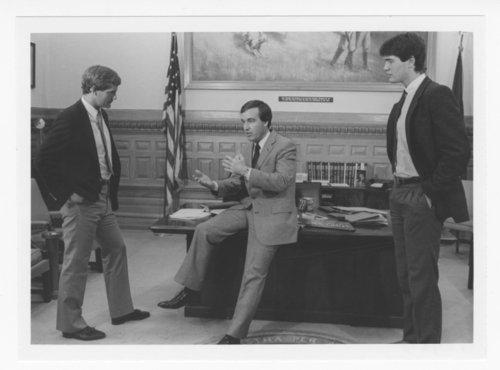 George Brett, Mark Gubicza and Dean Vogelaar visiting Governor John Carlin - Page
