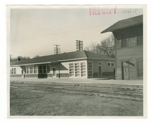 Atchison, Topeka & Santa Fe Railway Company depot, Purcell, Oklahoma - Page