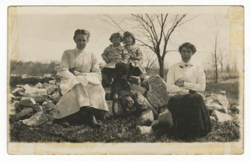 Laura Grace Epling Zibell and family - Page