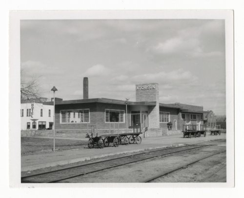 Atchison, Topeka and Santa Fe Railway Company depot, Atchison, Kansas - Page
