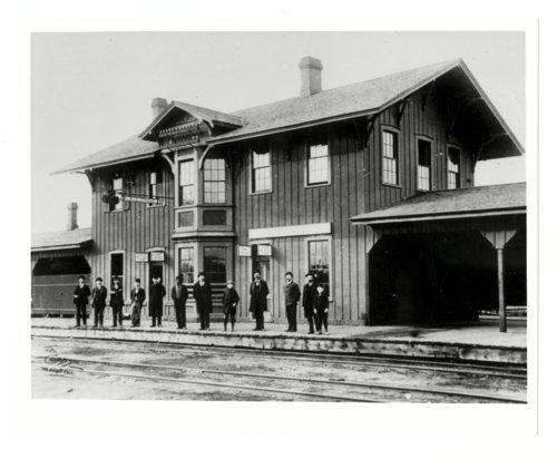 Atchison, Topeka & Santa Fe Railway Company depot, Albuquerque, New Mexico - Page