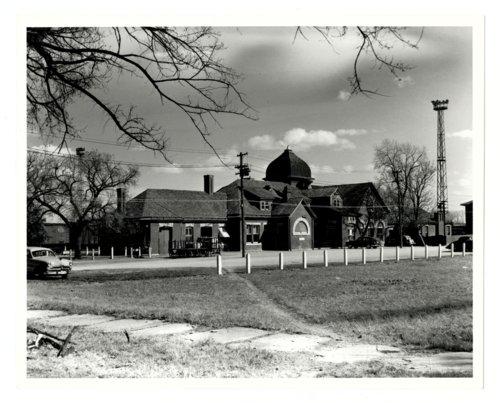 Atchison, Topeka & Santa Fe Railway Company depot, Arkansas City, Kansas. - Page