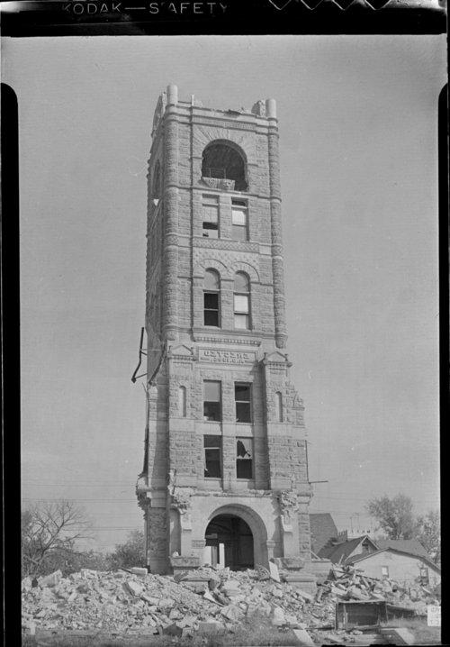 Shawnee County court house, Topeka, Kansas - Page