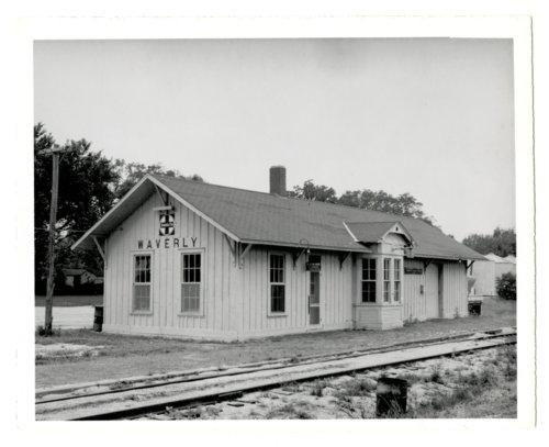 Atchison, Topeka & Santa Fe Railway Company depot, Waverly, Kansas - Page