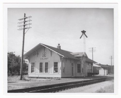 Atchison, Topeka & Santa Fe Railway Company depot, Colony, Kansas - Page