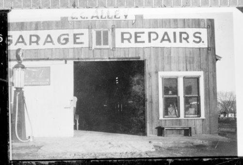 Garage, Kendall, Hamilton County, Kansas - Page