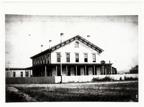 Atchison, Topeka & Santa Fe Railway Company's general office building, Albuquerque, New Mexico - Page