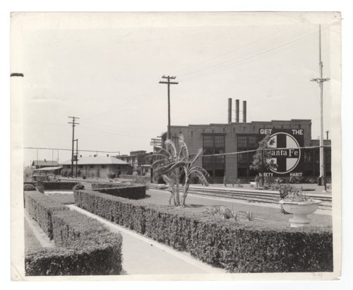 Atchison, Topeka and Santa Fe Railway Company yards, Temple, Texas - Page
