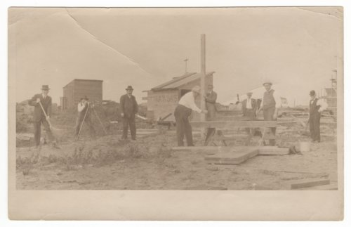 Construction on the Kansas building at the Panama Pacific International Exposition - Page