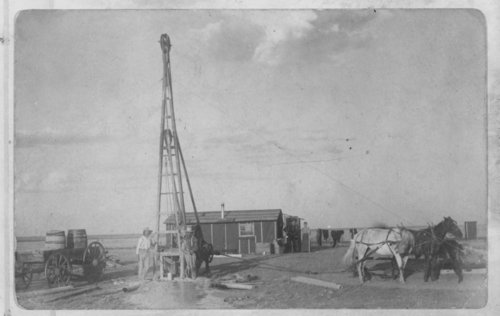 John Sampson drilling a water well, Hamilton County, Kansas - Page