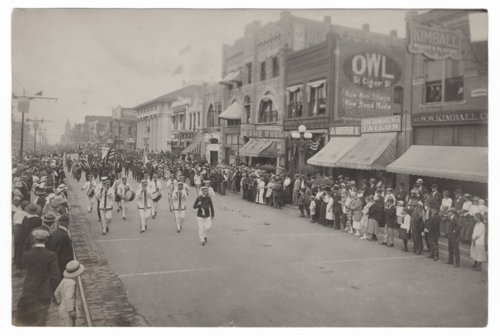 Registration Day parade in Topeka, Kansas - Page