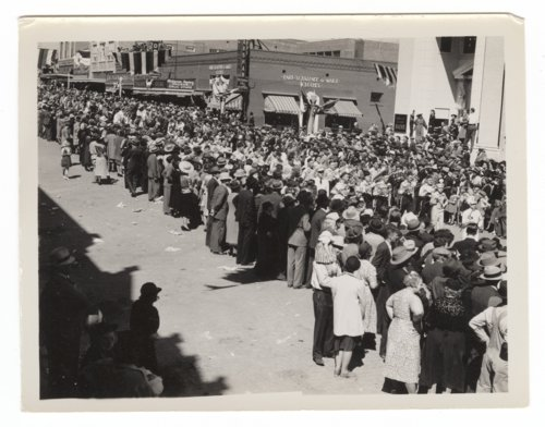 """World premier of the """"Dodge City"""" movie in Dodge City, Kansas - Page"""