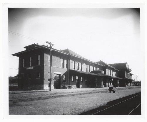 Atchison, Topeka and Santa Fe Railway Company depot, Dodge City, Kansas - Page