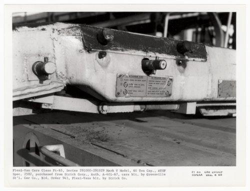 Atchison, Topeka & Santa Fe Railway Company's flat car 291007, Topeka, Kansas - Page