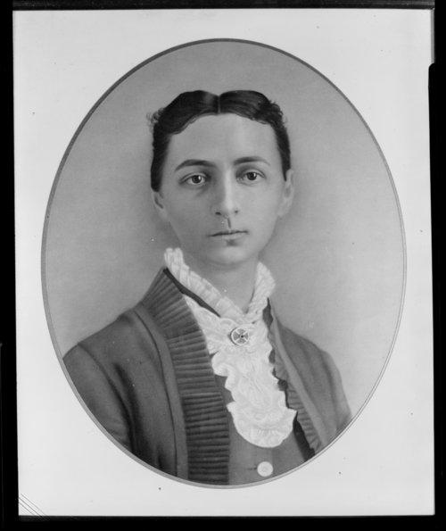 Luna E. Warner - Page