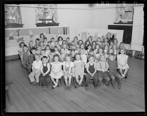 Students and teachers at Lowman Hill Elementary School in Topeka, Kansas - Page