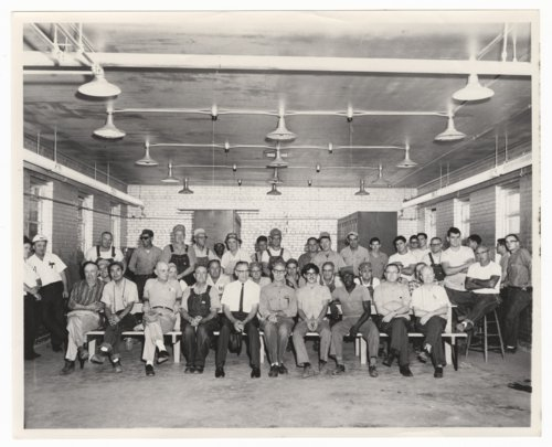 Atchison, Topeka & Santa Fe Railway shop workers in Topeka, Kansas - Page