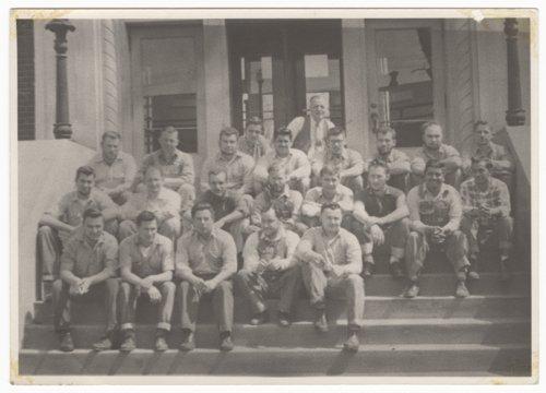 Atchison, Topeka & Santa Fe Railway iron workers in Topeka, Kansas - Page