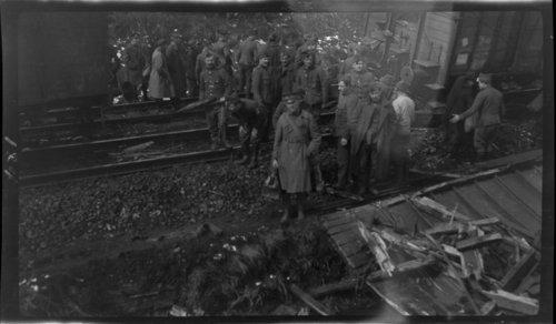 Train wreck, World War I - Page