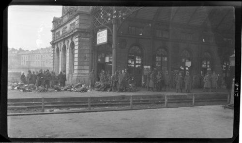 Mons. Gare, Belguim., Mons AKA Bergen - Page