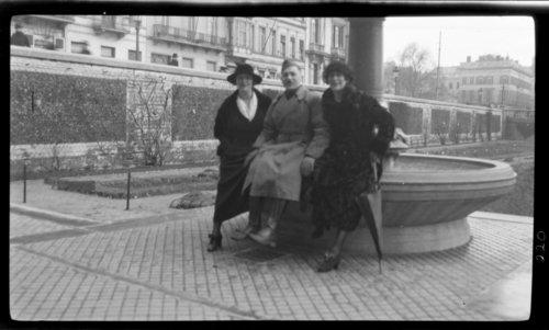 Lucienne, Lewis, & Louise de Mayer, Bruxelles, Belgium - Page