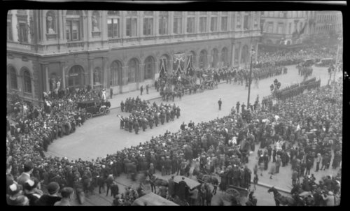 Funeral of Edith Cavell, Bruxelles, Belgium - Page