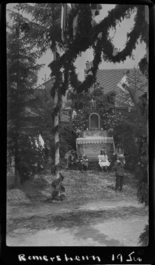 Romersheim, Nr. Prum; Corpus Christi Altars - Page
