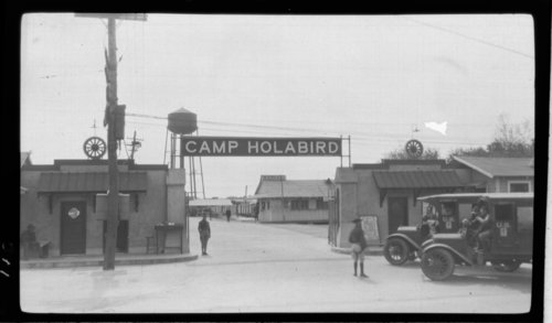 Entrance Camp Holabird - Page