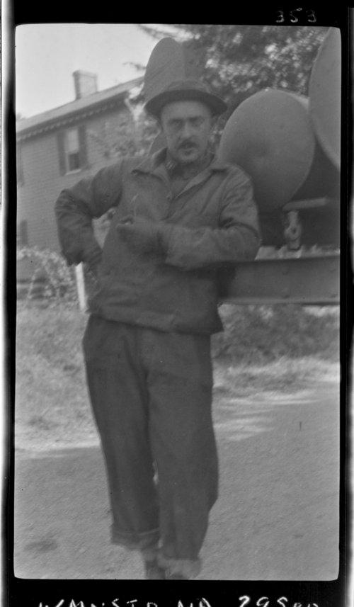 Wmnstr, MD; Self Seul - Gettysburg Trip - Page