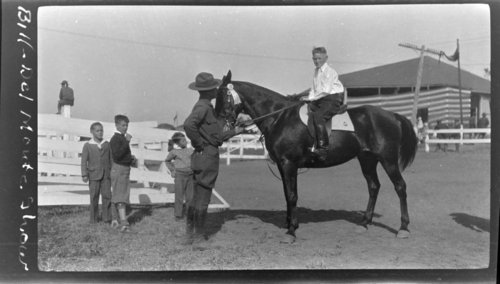 Monterey: Del Monte Show, Bill in horse show - Page
