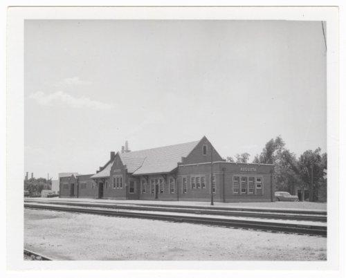 Atchison, Topeka and Santa Fe Railway Company depot, Augusta, Kansas - Page