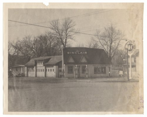 Sinclair Service Station in Council Grove, Kansas - Page