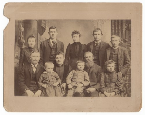 Carlton and Elizabeth Peck's family - Page