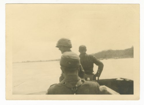 Arneburg with German soldiers across the water - Page