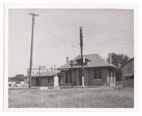 Missouri Pacific Railroad depot, Council Grove, Kansas. - Page