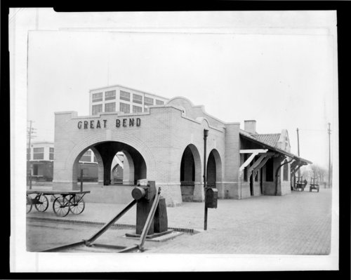 Atchison, Topeka and Santa Fe Railway Company depot, Great Bend, Kansas - Page