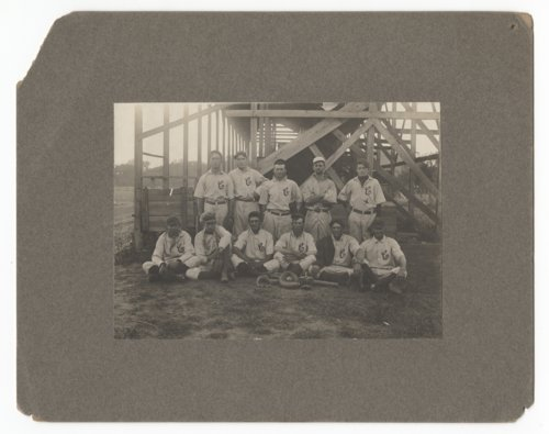 Unidentified baseball team with Adrian Lindsey - Page