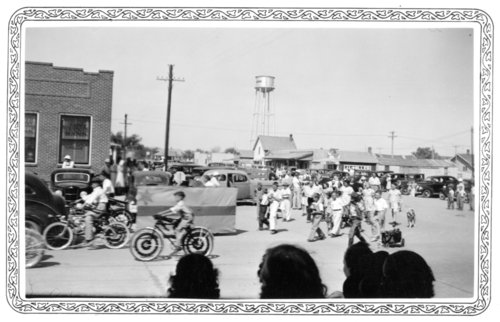 4-H parade, Tribune, Greeley County, Kansas - Page