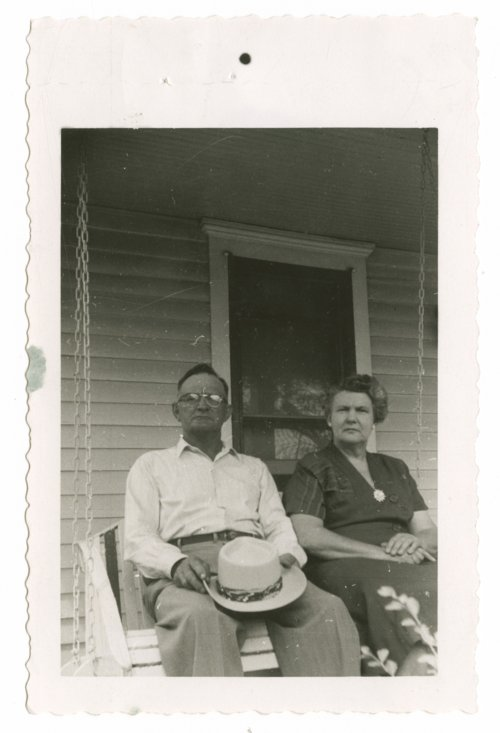 Leo Henry and Agnes (Kelly) Henry - Page