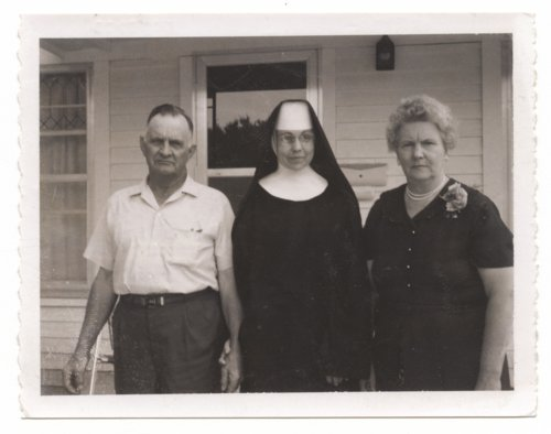 Leo Henry, Mary Henry (Sister Rachel) and Agnes (Kelly) Henry - Page