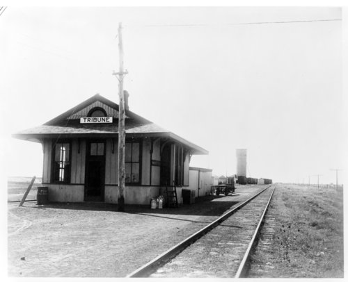 Missouri Pacific Railroad depot, Tribune,Kansas - Page