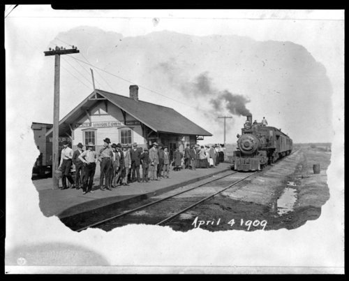 Missouri Pacific Railroad depot, Uniontown, Kansas - Page