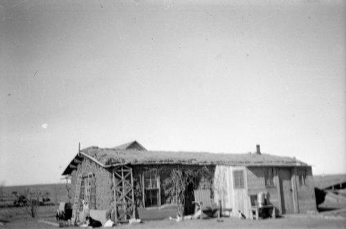 Phillips-Tufts sod house near Ruleton, Sherman County, Kansas - Page