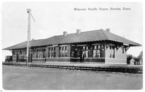 Missouri Pacific Railroad depot, Eureka, Kansas - Page