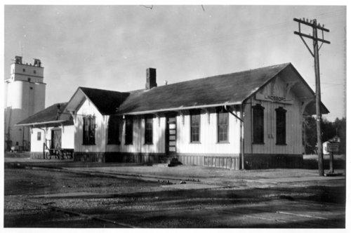 Union Pacific Railroad Company depot, Lindsborg, Kansas - Page