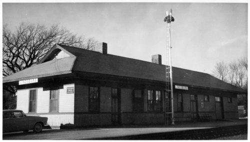 Missouri Pacific Railroad depot, Lindsborg, Kansas - Page
