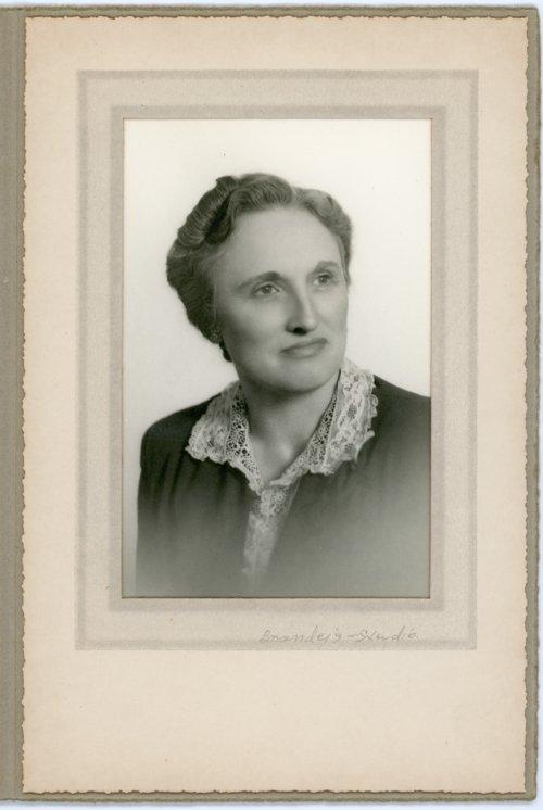 Studio portrait of Laura Palenske Stella - Page