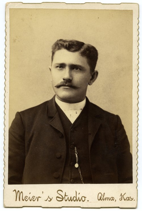 Cabinet card of Gus Meier - Page
