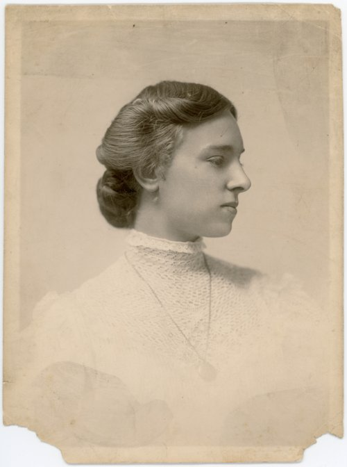 Studio portrait of Minnie Palenske Zwanziger - Page